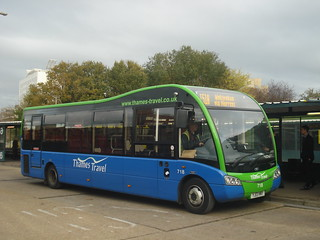 Thames Travel 718 on Route 151A, Bracknell