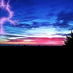 #dawn #sunset #lightning #lakeLavon #Lavon