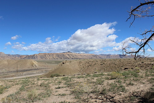 IMG_2346_View_From_Horse_Canyon_Rest_Area_on_US6_in_Utah
