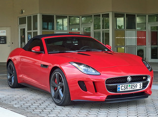 Jaguar F-Type V8 S Convertible