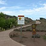Warning signs, Maui