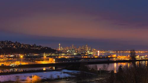 seattle longexposure sunset night canon washington downtown cityscape cloudy pacificnorthwest spaceneedle magnoliabridge canoneos5dmarkiii sigma35mmf14dghsmart