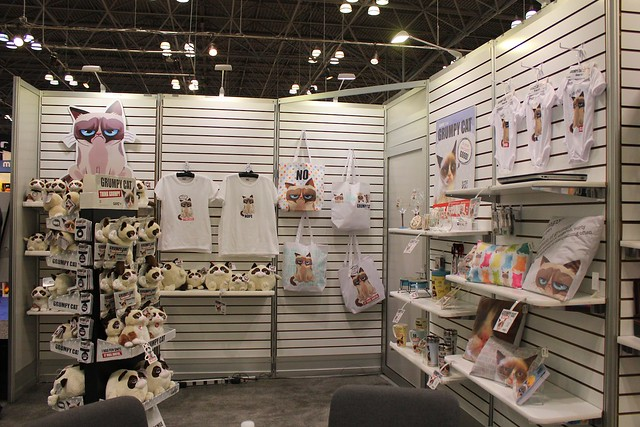 Grumpy Cat at Toy Fair 2014 with Ganz products