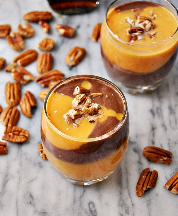 Chocolate Swirl Pumpkin Spiced Smoothie | www.fussfreecooking.com