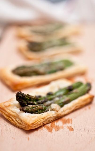 Sfogliatine agli asparagi