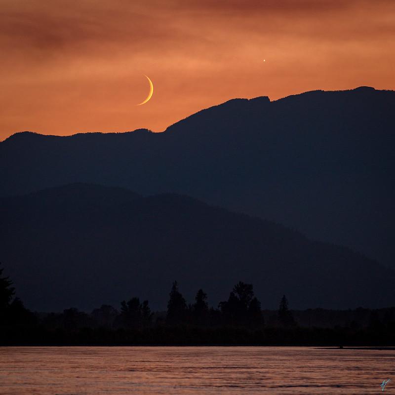 Mooning Jupiter