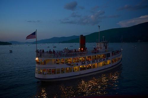 cruise sunset lake ny newyork water boats lights evening boat ship dusk lakegeorge fourthofjuly steamboat july4 independenceday mohican fortwilliamhenry