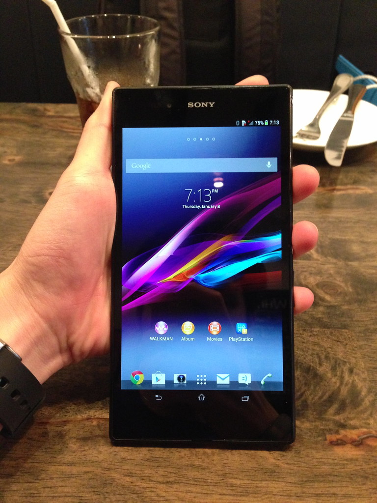 Holding The Sony Xperia Z Ultra
