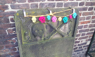 Gravestone decorations