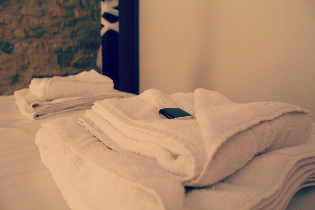 hotel_towels_and_mint