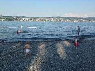 Image of Pebble stone beach. zürichsee lakezürich
