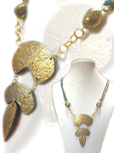Collar arcilla y pan de oro by **Elendili**