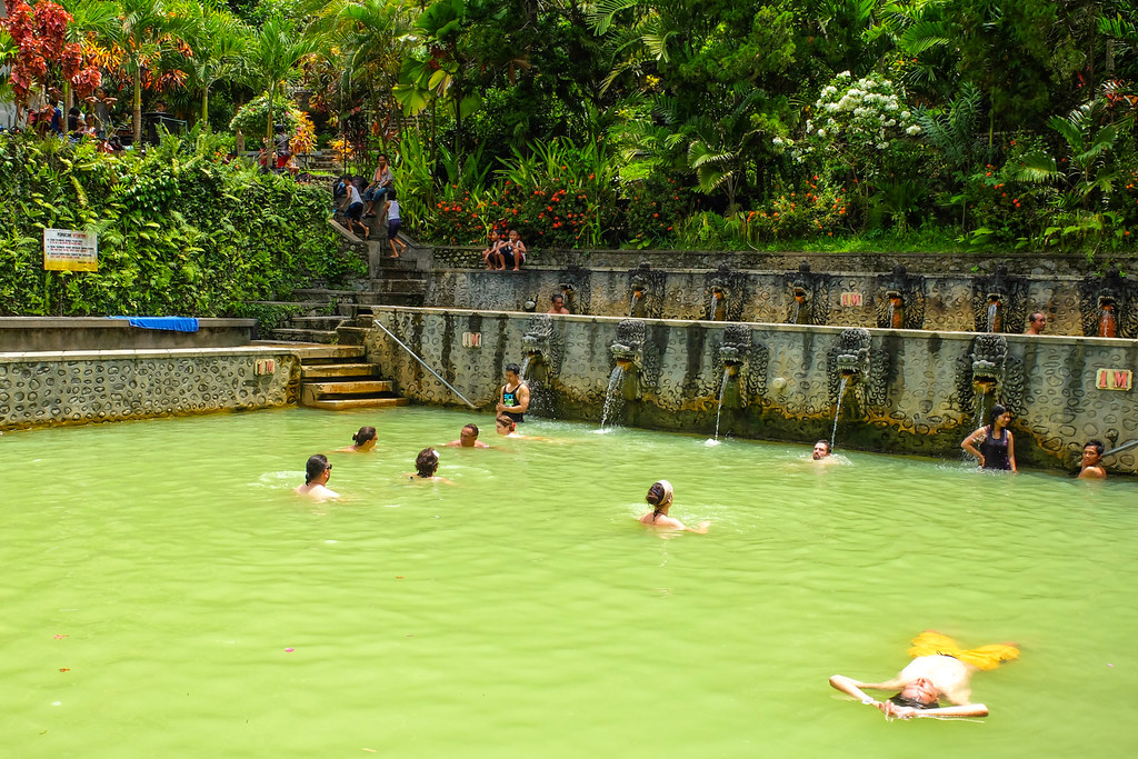 Holy Hot Springs van Banjar
