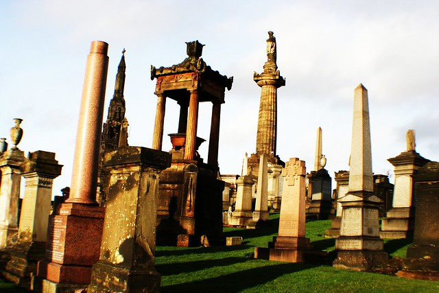 Memorials at Glasgow Necropolis with John Knox Monument