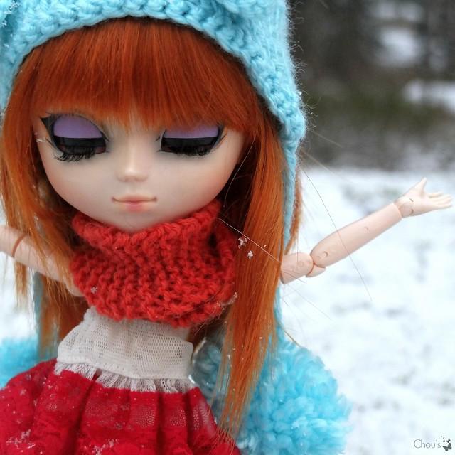 Finally snowing - Molly, Banshee