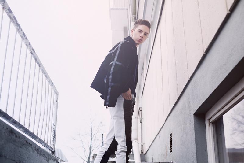 mikkoputtonen_zara_jacket_mcQueen_jeans_finnish_fashionblogger_lookbooker_blogger_outfot_style_menfashion_otd_web