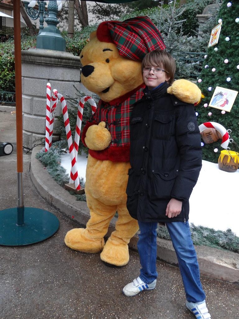 Un séjour pour la Noël à Disneyland et au Royaume d'Arendelle.... - Page 6 13880207544_a31f1b2dd6_b