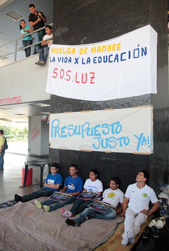Huelga de hambre LUZ