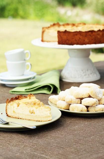 TOSKAANA: torta della nonna & ricciarelli