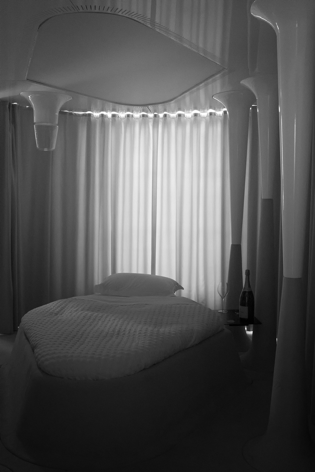 veuve cliquot hôtel du marc