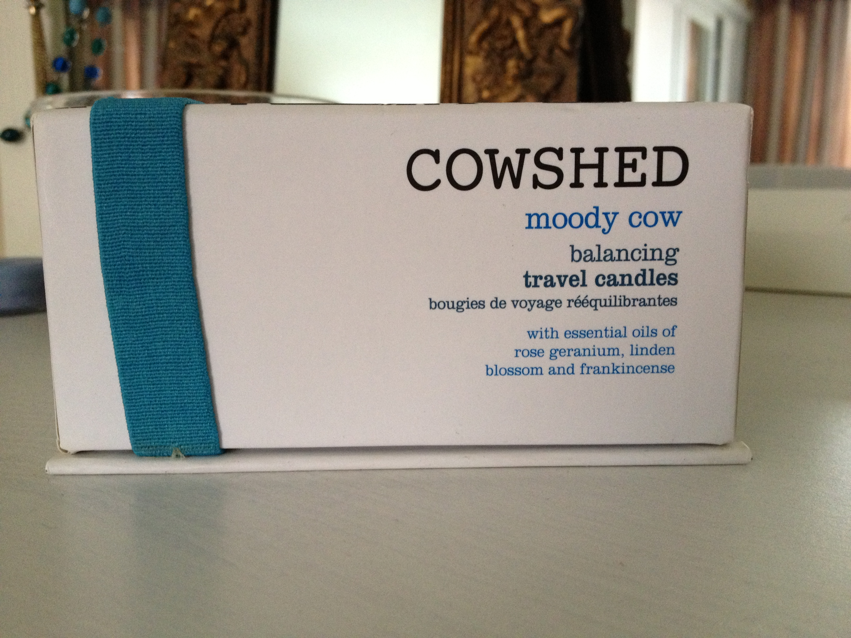 Cowshed_Moody_Cow_Balancing_Travel_Candles (3)