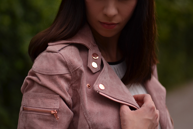 Goosecraft leather jacket outfit post pink and white 4