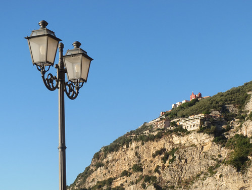 Sorrento Lamp and Landscape
