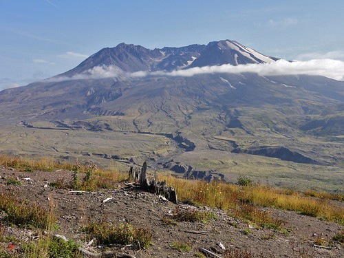 Mount St. Helens and the Toutle River Valley from Johnston Ridge.