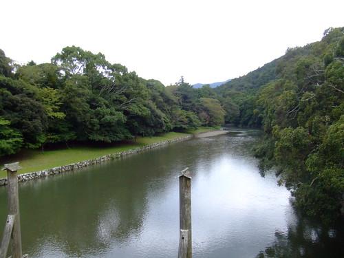 内宮・宇治橋からの五十鈴川
