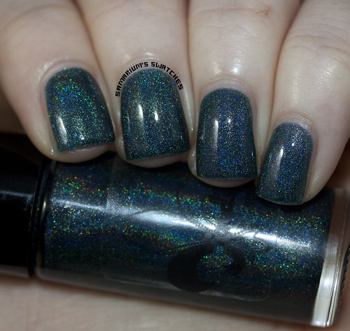 Jindie Nails A Holo Night
