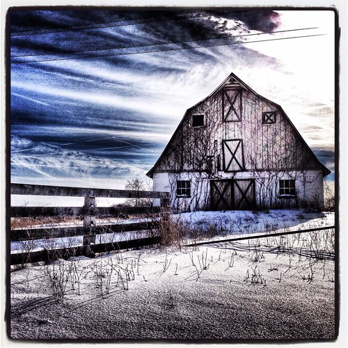 Barn (63/365) by elawgrrl