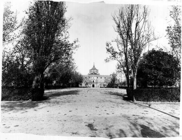 Paseo de Merchán hacia 1900 © FondoRodríguez. Archivo Histórico Provincial. JCCM. Signatura Album4-1269