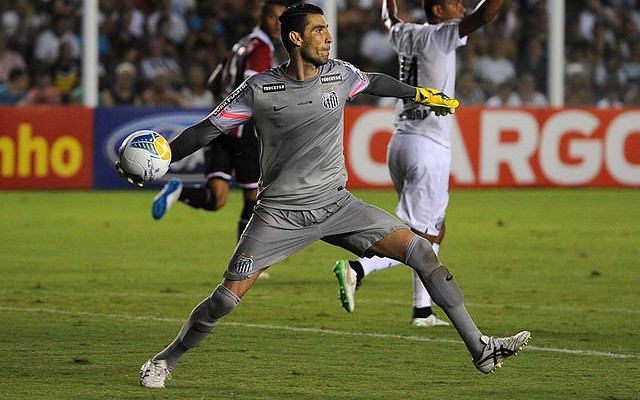Vanderlei � aposta do Santos para segurar o Corinthians