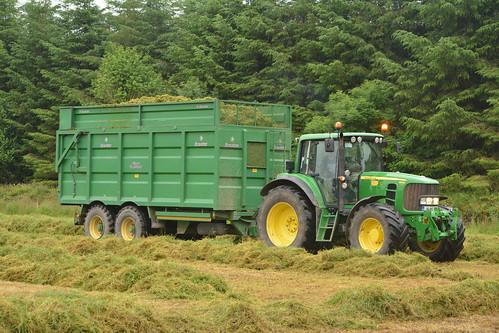 John Deere 6930 Tractor with a Broughan Engineering Mega HiSpeed Trailer