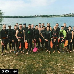Where in the world is the New Wave Swim Buoy now? Marine Creek Lake near Fort Worth Texas ⭐️🐎 with Fort Worth Tri Club 🐴🏊🏊♀️ . . #Repost @tj.365 ・・・ First Open Water swim of the year! #fwtriclub #fwtri #becomeone #iro