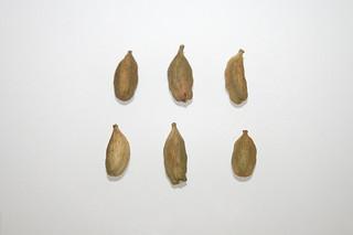 11 - Zutat Kardamom-Kapseln / Ingredient cardamom capsules