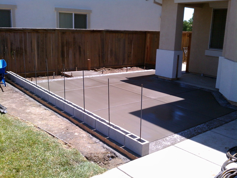 New Front Yard Patio With Block Wall Solano County