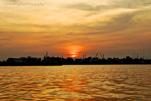 travel sunset reflections nikon borneo sunburst kalimantan travelphotography centralkalimantan nikonphotography nikonphotographytravel