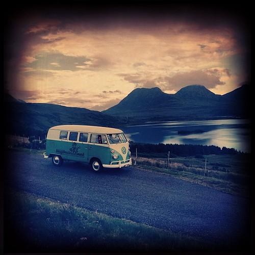 #aircult #aircoold #airmighty #aircooled_world #volksworld #thesamba #rothfink #coolflo #volkswagen #split #splitbus #splitscreen #t1 #bulli #bugbus #bugcation #veedub #vwlove #vwporn #vws4ever #vws4life #camper #campervans -:- visit www.bUGbUs.nEti by bUGbUs.nEt