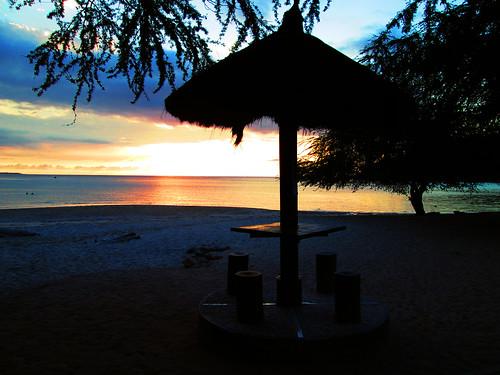 sunset sky white praia beach sand céu timorleste díli