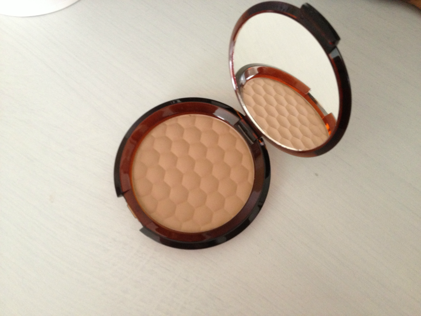 The_Body_Shop_Honey_Matte_Bronzer_Fair_Matte_3