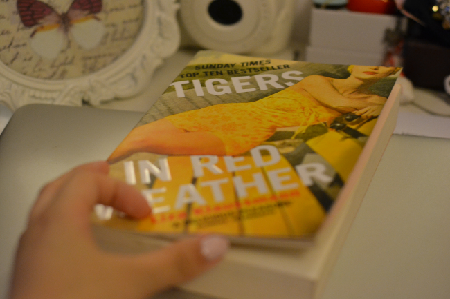 Daisybutter - UK Style and Fashion Blog: book reviews, tigers in red weather, liza klaussmann