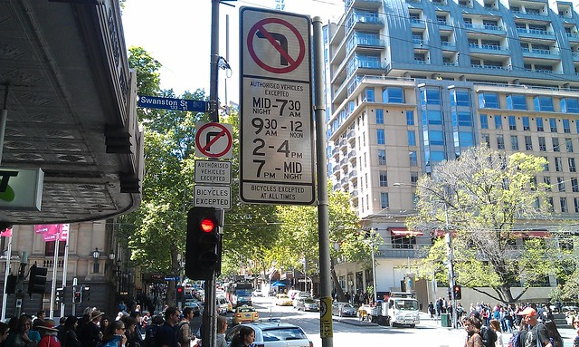 Eastbound Collins St at Swanston St