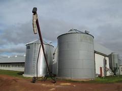 mill(0.0), storage tank(1.0), building(1.0), silo(1.0),