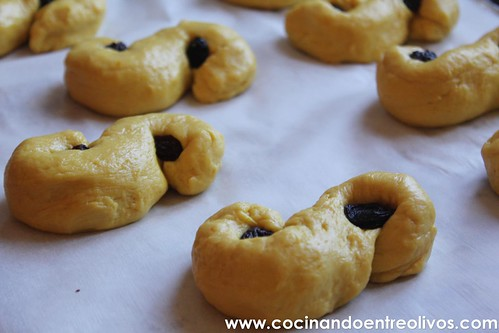 Bollos de Santa Lucia www.cocinandoentreolivos (16)