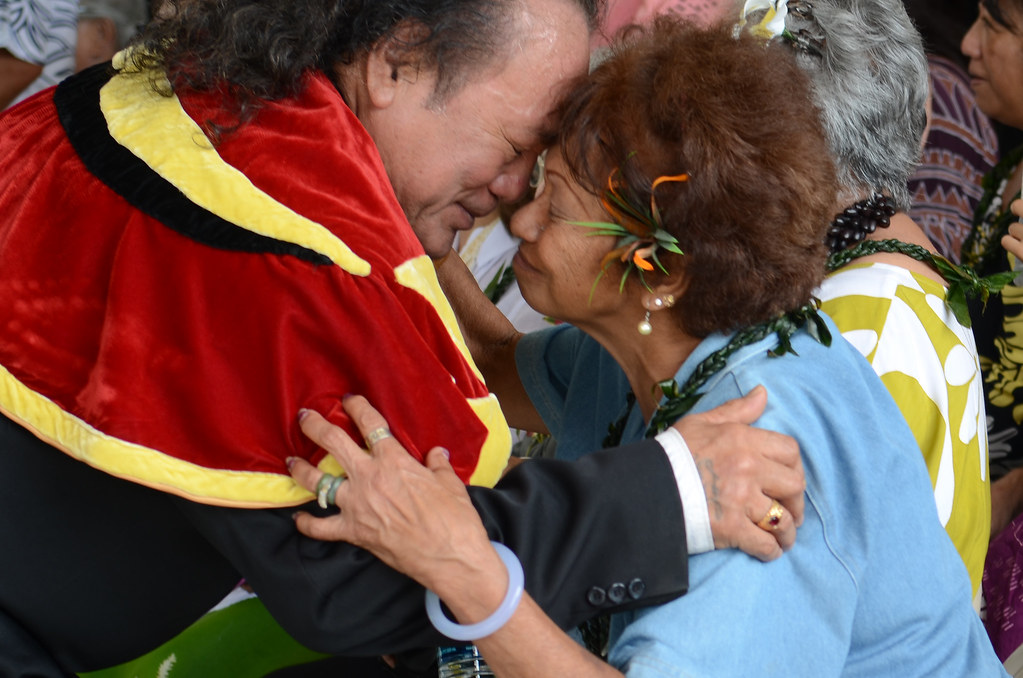 <p>A traditional Hawaiian greeting, or honi, just before the grand opening ceremony of Hale'ōlelo, the new home of the UH Hilo Ka Haka 'Ula O Ke'elikōlani College of Hawaiian Language.</p>