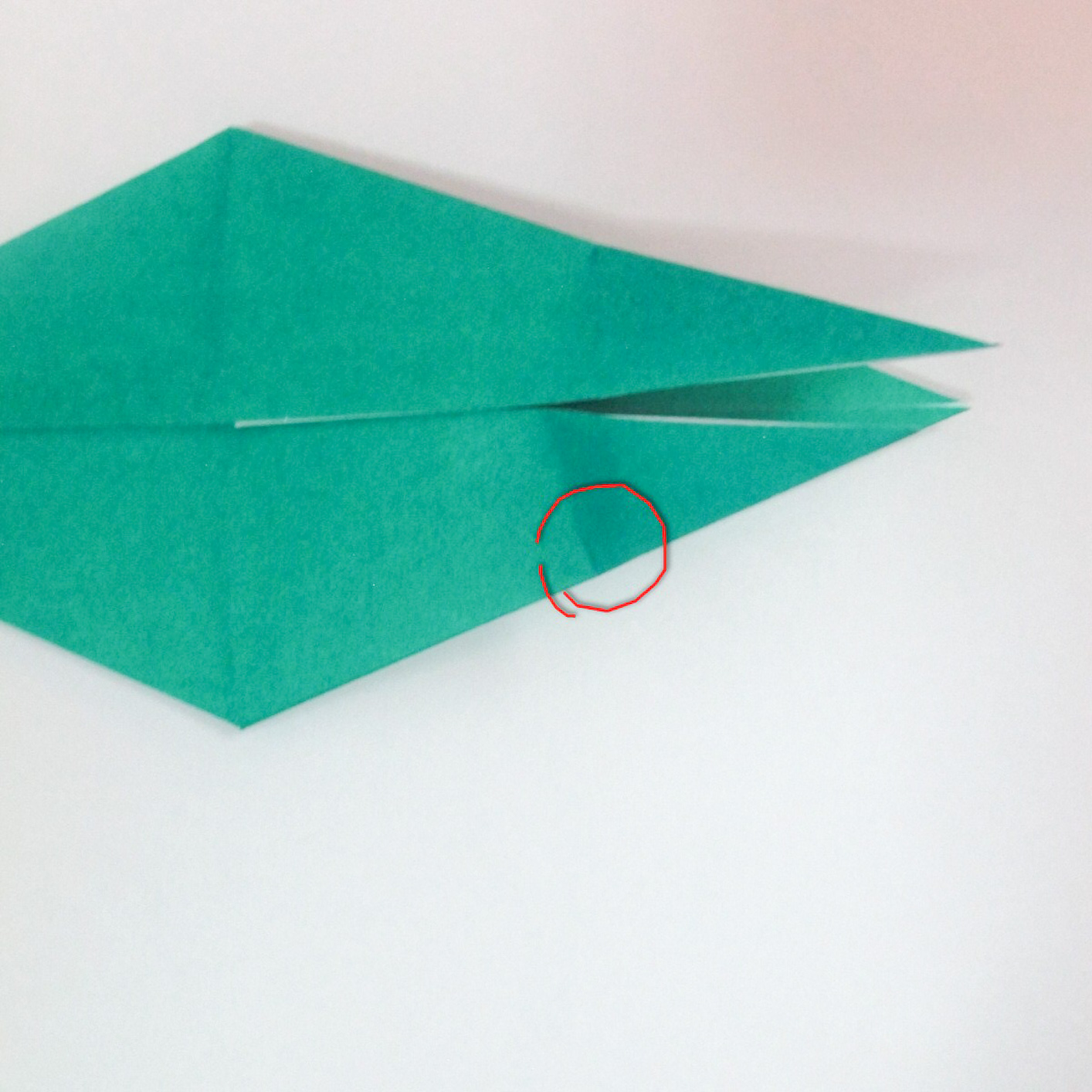 สอนวิธีการพับกระดาษเป็นรูปปลาฉลาม (Origami Shark) 021