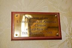 Photo of Bill Clinton bronze plaque