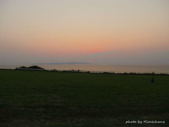 西表島に沈む夕日をのんびり眺めてきました♪