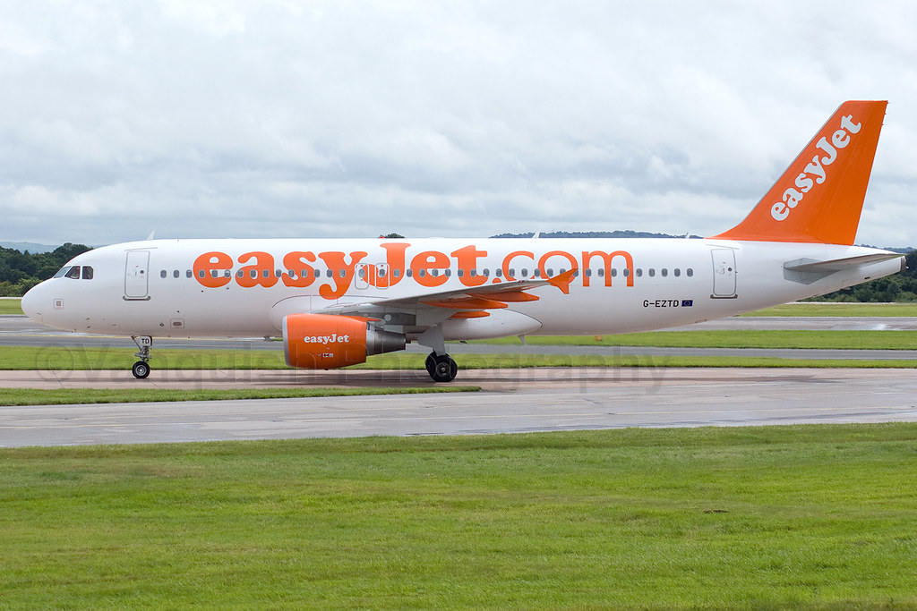 G-EZTD easyJet Airline A320-200 Manchester Airport Archive